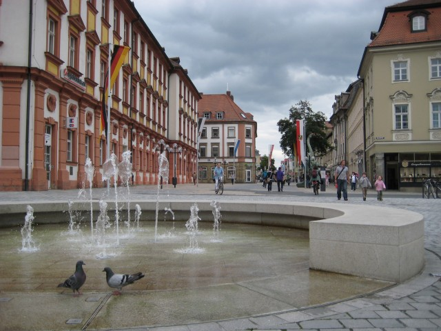 Two pigeons enjoying a fountain in Bayreuth.