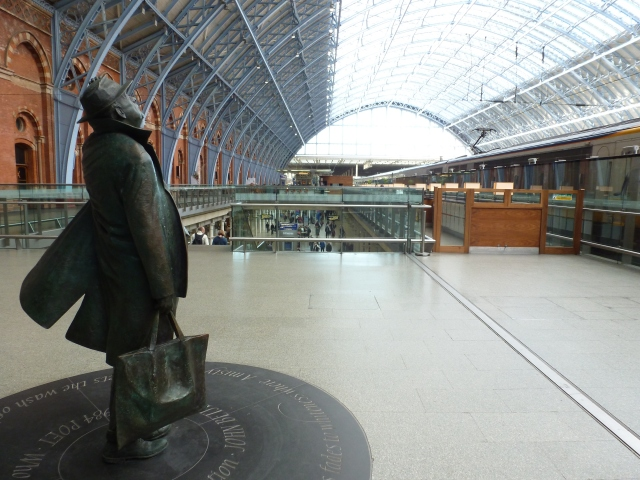Another great statue at St Pancras.