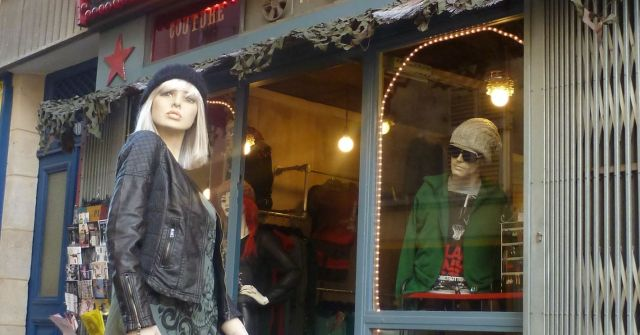 Cleverly arranged mannequins at Parmentier.